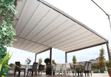 Terrassen-Überdachung beim Restaurant